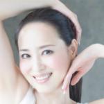 松田聖子は紅白歌合戦で口パクだった?衣装は?おでこのシワがない!